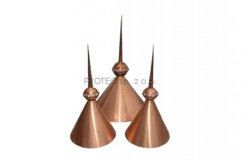 Wieżyczki z miedzi w trzech wielkościach